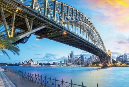 Explore the Sydney Harbour and visit national landmarks like the Sydney Opera House