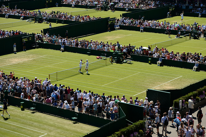 白熱した戦い at Wimbledon - Photo by Thomas Lovelock/AELTC.