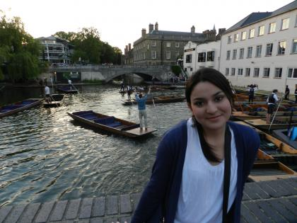 Daniela in front of the River Cam before punting