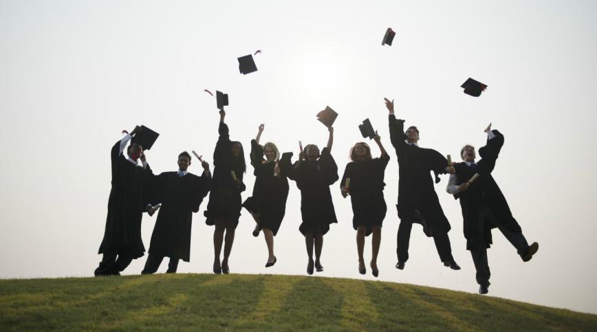 卒業おめでとう英語で贈る卒業生へのお祝いと感謝のメッセージ