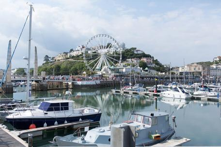 UK Torquay City - Image 01
